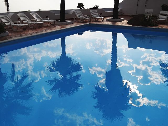 plavání na dovolené
