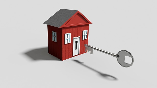 klíč a dům