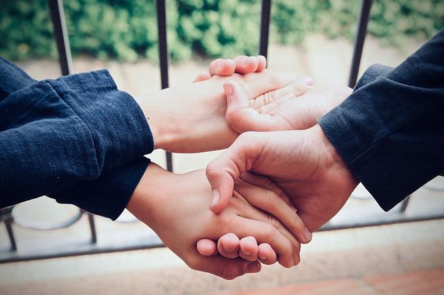 ruka v ruce