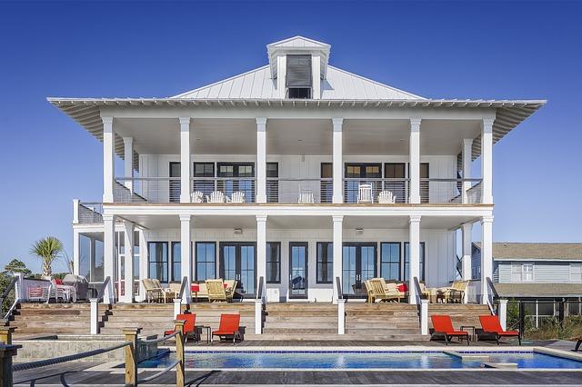 velký dům s bazénem.jpg